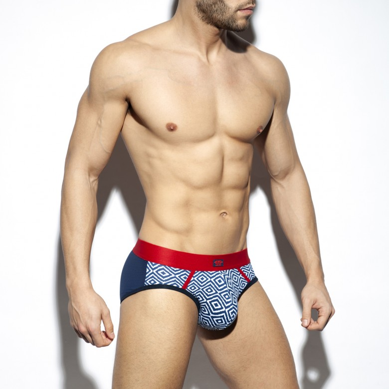 UN429 RHOMBUS-RED BRIEF