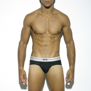UN171 LOGO BRIEF